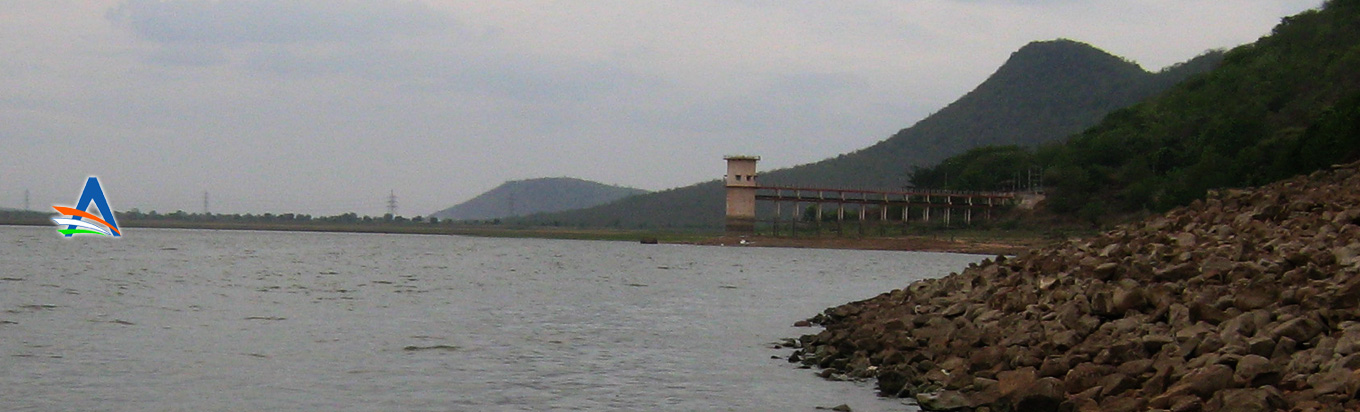 Admire the natural beauty of the Ramappa Lake