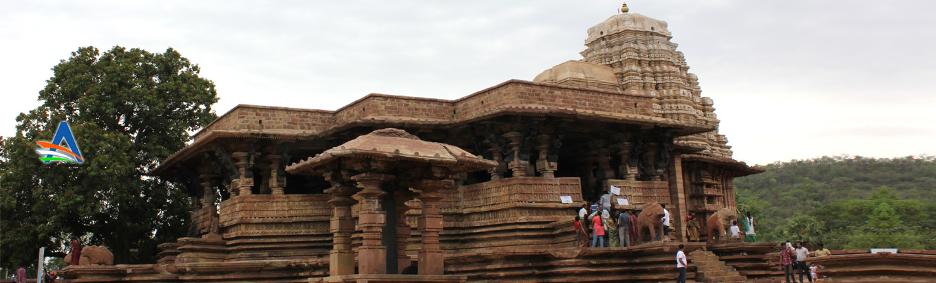 Explore the ancient architecture in the Ramappa Temple