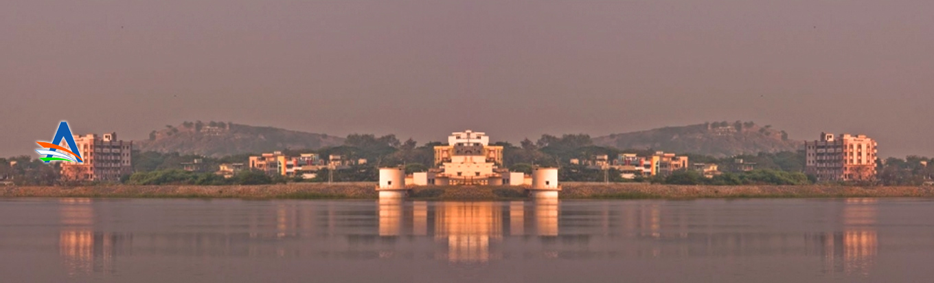 Get a marvellous tourism experience in Lakaram Lake