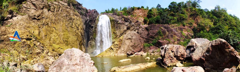 Unknown yet marvelous Gayatri Waterfalls