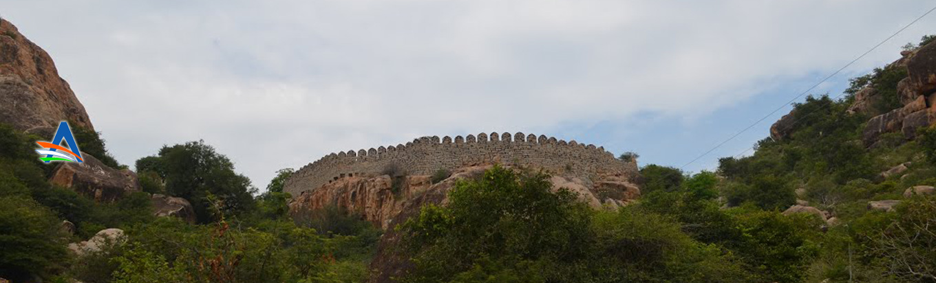 Make sure that you visit Devarakonda fort when in Telangana