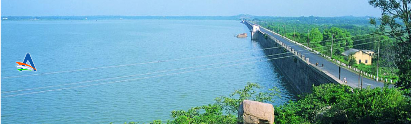 Witness the scenic beauty at its peak at Himayat Sagar Lake